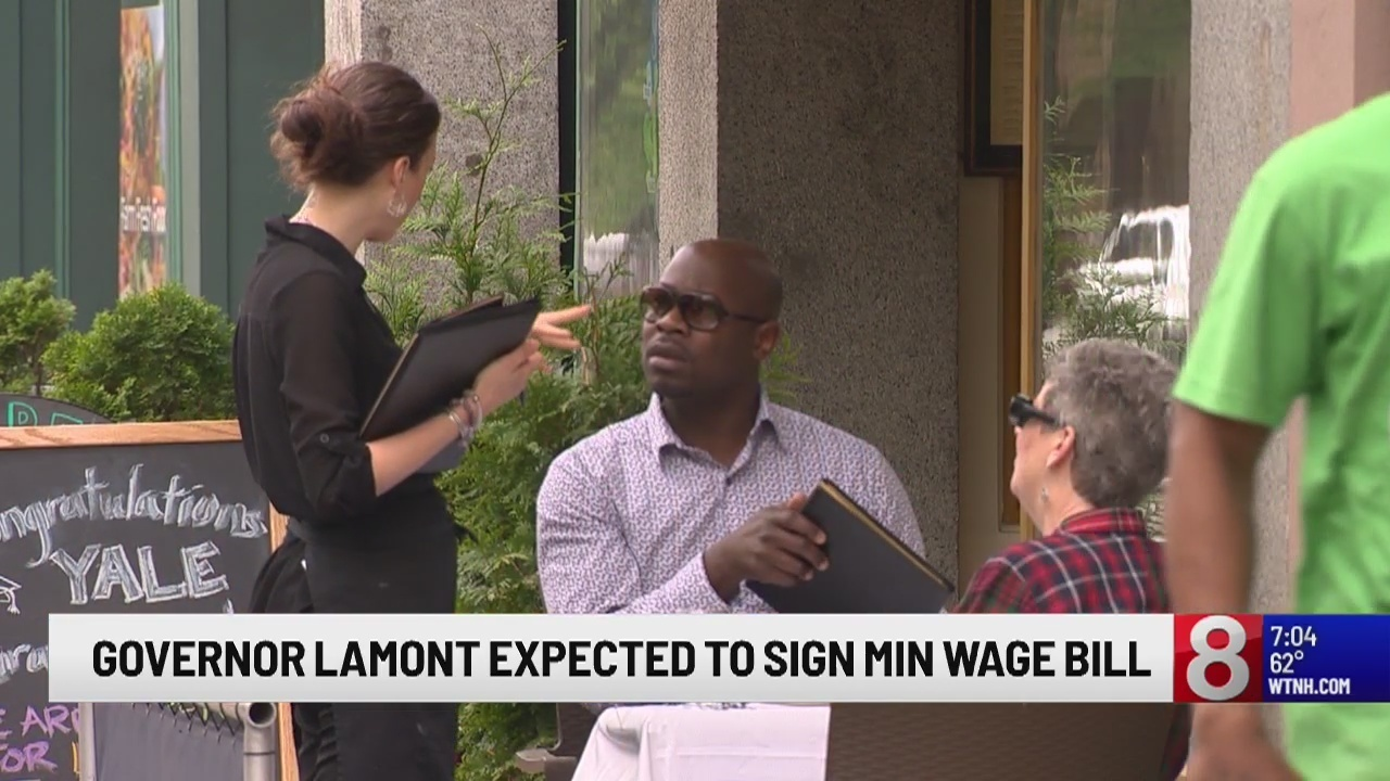 Lamont expected to sign minimum wage bill