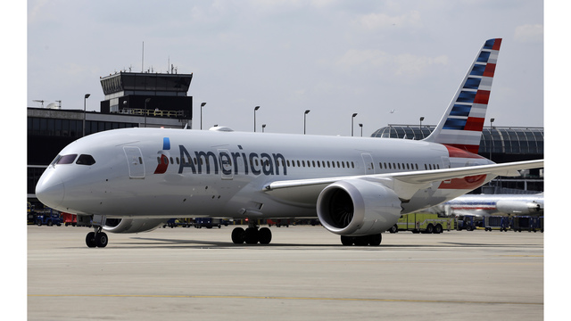 Toddler hit by oxygen canister on American Airlines flight
