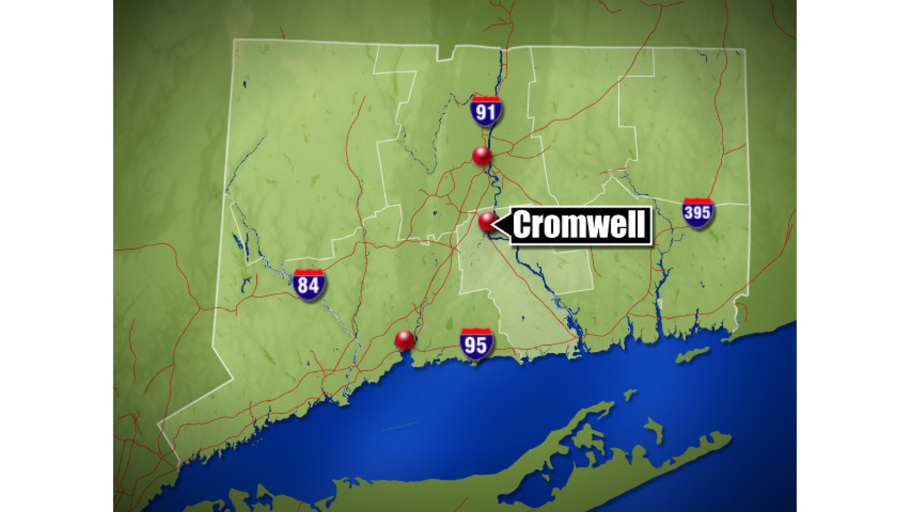 CSP investigate tractor trailer, car accident on Interstate 91 in Cromwell