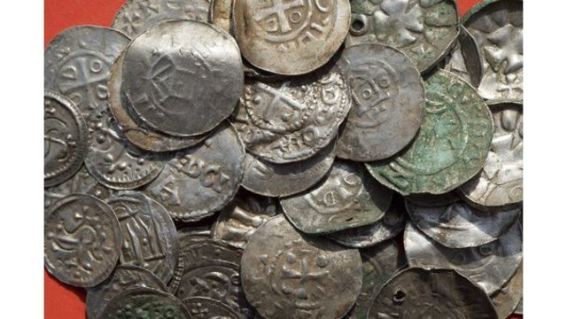 Archaeologists uncover silver treasure on German island
