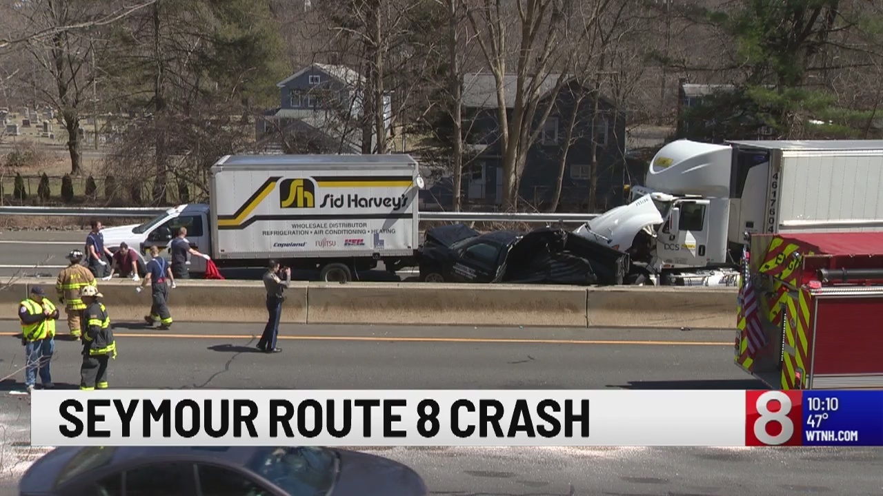 cc418a3a400 Tractor trailer truck crash closes Route 8 northbound in Seymour