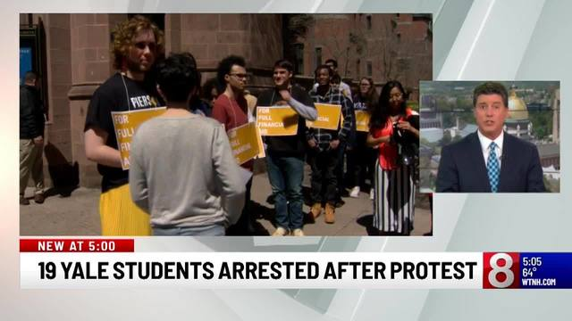 19 students arrested during protest regarding financial aid